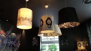 les jolies lampes au fumoir