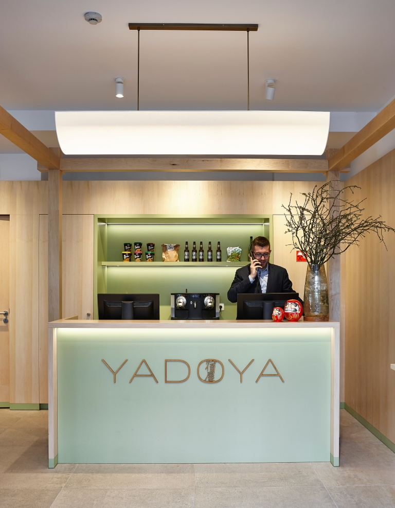 07-Yadoya-Hotel-Lobby-07