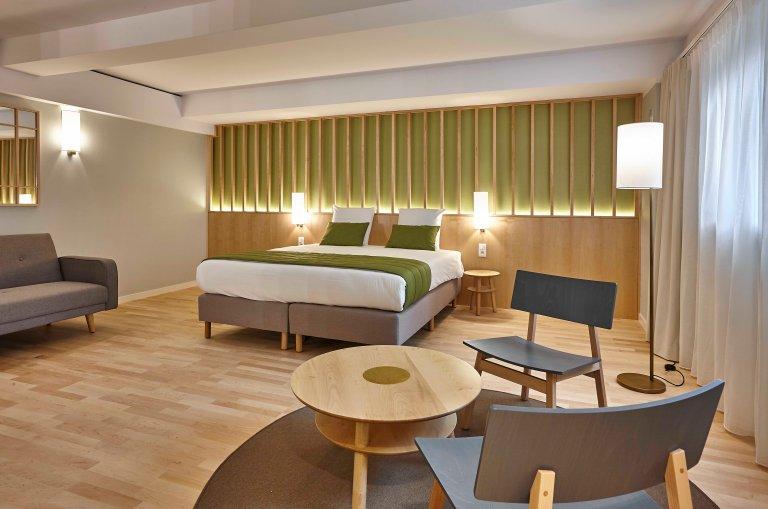07-Yadoya-Hotel-Room 012-01